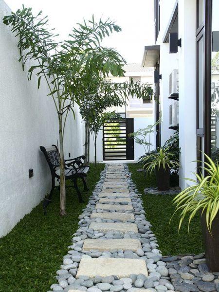 20 Side Yard Garden Design Ideas Remodel Wanda Olesin Side Yard Landscaping Home Garden Design Small Backyard Landscaping