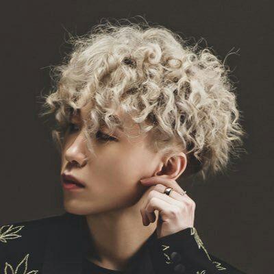 Randki Hyuna Zico