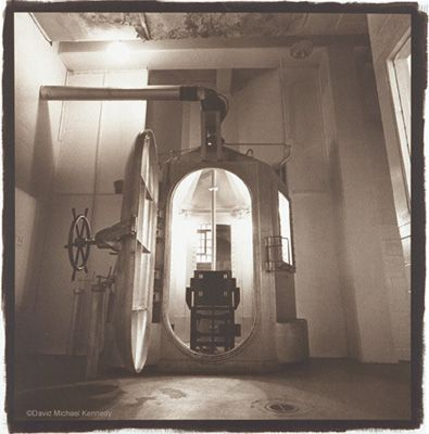 New Mexico State Penitentiary, Santa Fe - the gas chamber is one of the most active paranormal areas in the prison - lights coming on with no power source,screams, growls,bangs