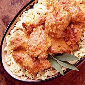 Hungarian Chicken, I have to try this! Austrian Recipes, Croatian Recipes, Hungarian Recipes, Sauerkraut, Hungarian Cuisine, Hungarian Food, Eastern European Recipes, Turkey Dishes, International Recipes