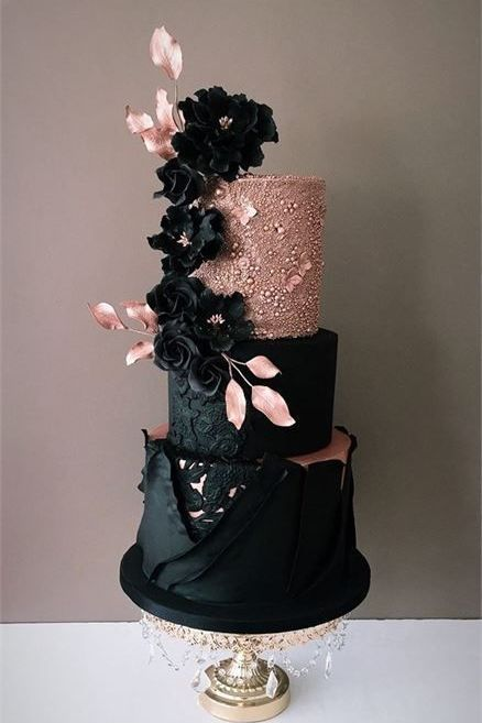 We've prepared the most trendy wedding cake styles for your inspiration. Сheck out top 10 wedding cake trends for every style, theme, and budget 😍 wedding cakes cakes elegant cakes rustic cakes simple cakes unique cakes with flowers Black Wedding Cakes, Amazing Wedding Cakes, Amazing Cakes, Gold Wedding, Modern Wedding Cakes, Wedding Rings, Cake Wedding, Wedding Engagement, Pretty Cakes