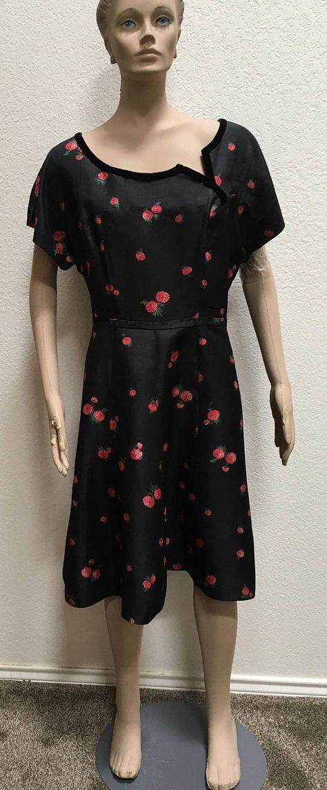 99c5da677d9 1940s Dress Grace Da Pozzo Silk Plus Size Curvy Women s Floral Fit and  Flare Rockabilly Designer