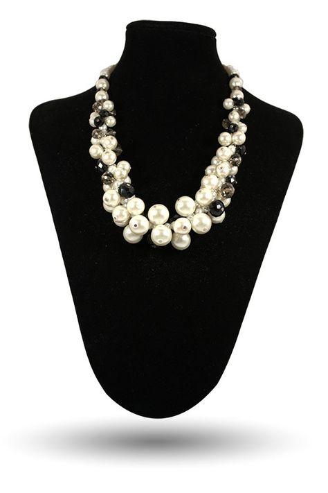 collier fantaisie perle blanche