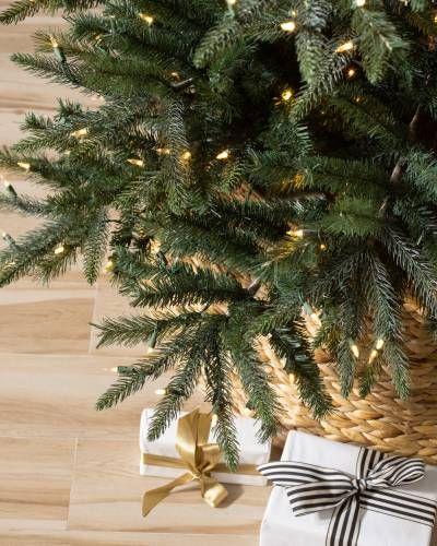 Mariana Spruce Artificial Christmas Tree Balsam Hill Best Artificial Christmas Trees Realistic Artificial Christmas Trees Balsam Hill