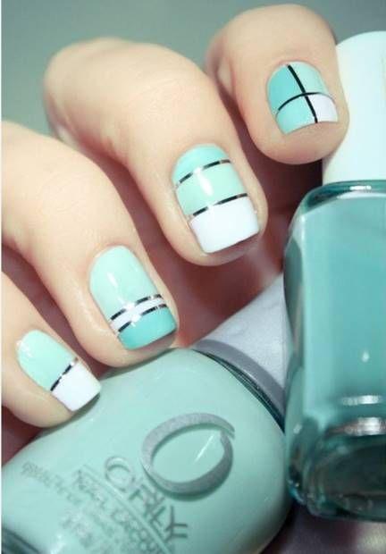 احدث مناكير ازرق سماوي فاتح و غامق 2019 The Latest Light And Dark Blue Nail Polish صور المانكير السماوي م Nails Metallic Nails Design Trendy Nails