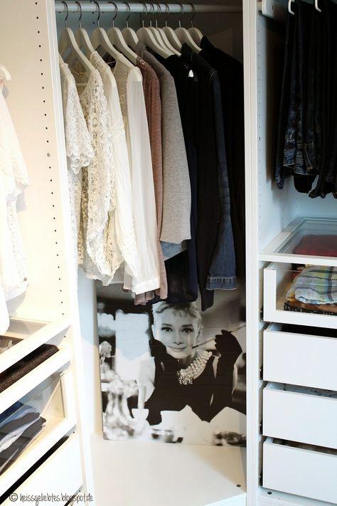 Ein Madchentraum Das Ankleidezimmer Walk In Closet Pax Ikea Komplement Room Living Wohnen Ankleidezimmer Ankleide Zimmer Und Ankleide