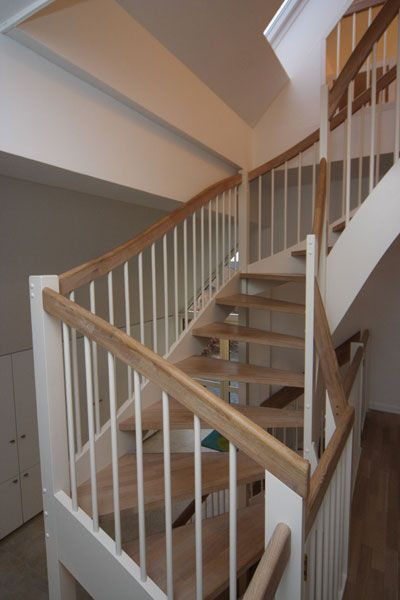 Halvsvingstrapper Indendors Trappe In 2020 Stairs Design Stairs Home Decor
