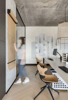 Archiparti Work Design Studio Workspace Amazing Offices Beginner Workout At Home Base Design Studio Office Design Studio Workspace Office Interior Design