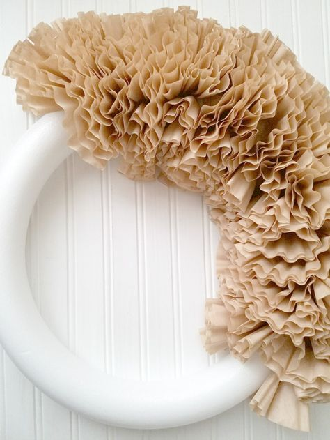 Attach folded filters to styrofoam wreath staggering across the wreath using floral pins. Add some shabby chic style to your decor with this easy and inexpensive DIY. How to make a coffee filter wreath with a pictorial tutorial. Coffee Filter Projects, Coffee Filter Crafts, Coffee Crafts, Coffee Filters, Coffee Filter Garland, Coffee Filter Flowers, Elegant Fall Wreaths, Ways To Make Coffee, Shabby Chic Wreath