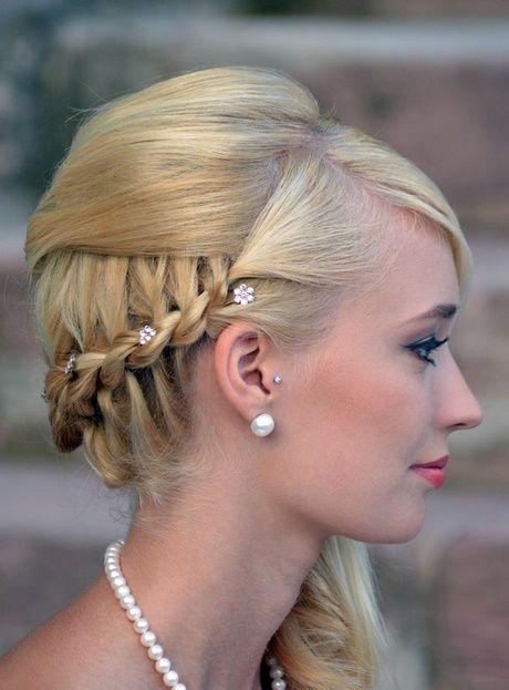 Hochsteckfrisuren Zur Seite Frisur Hochgesteckt Brautfrisur Und