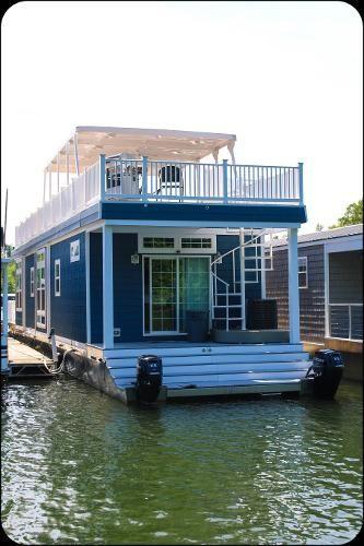 2017 Harbor Cottage Houseboat House Boat Houseboat Living Floating House
