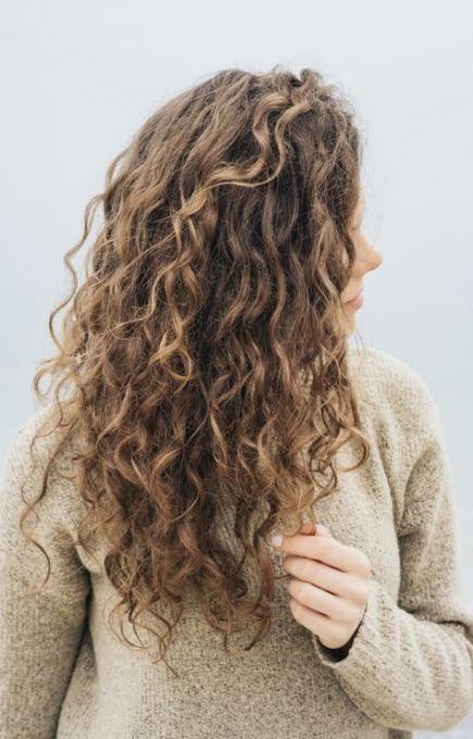 Haircut Wavy Hair Long Highlights 68 Ideas In 2020 Curly Hair Styles Naturally Curly Hair Styles Curly Hair Women