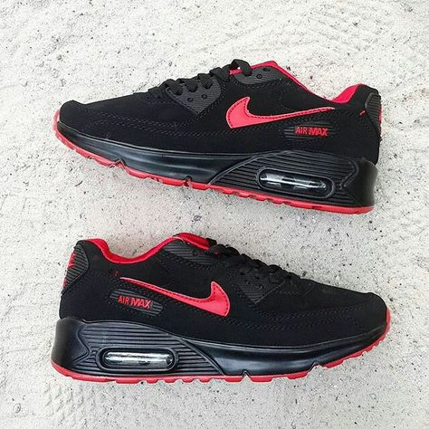 Nike Air Max 90 Size 37 40 Price IDR300.000 LineIG