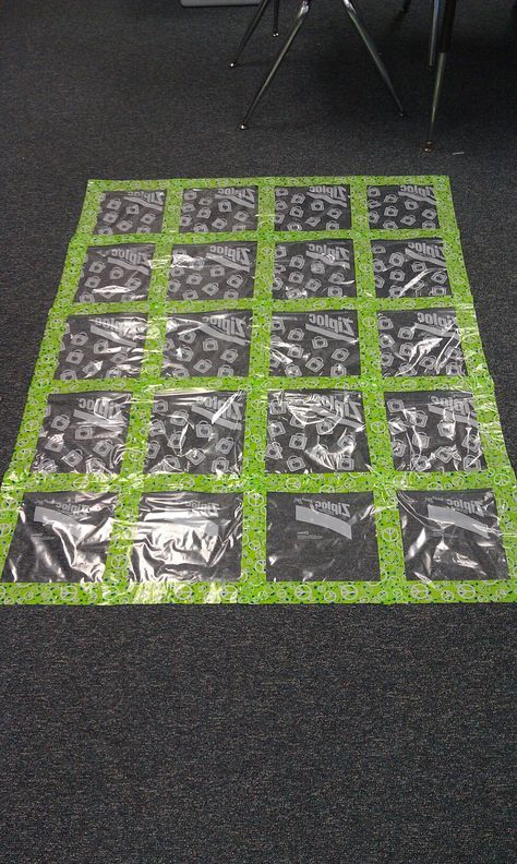 AWESOME IDEA! Gallon Ziploc bags + Duct tape = An art quilt! Students' work slides in the back. You won't see where it says Ziploc because that is on the back side!