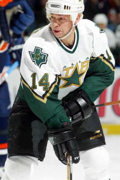 Pin By Tammy Barnes On An Evening With Sports In 2020 Dallas Stars Hockey Hot Hockey Players Tyler Seguin