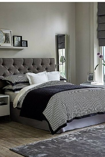 Luxurious Black Room With Waffle Cushion That Brings Comfort To Your Bed Home Bedroom Furniture Beds Bed Frame Parts