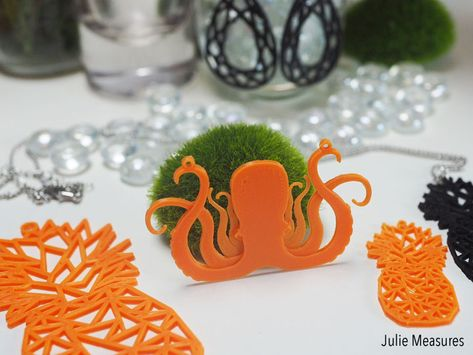 Craft Your Own Look With 3d Print Jewelry 3d Printer Designs