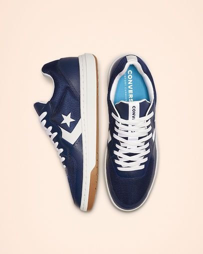 Rival Leather Low Top Navy/White/Gum