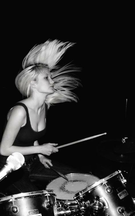 Female drummers. I admire them.