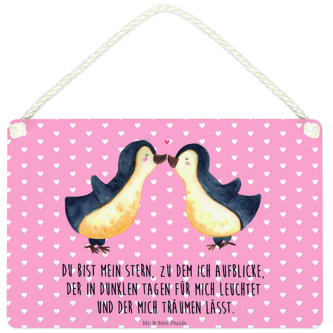 Deko Schild Pinguin Liebe aus MDF  Weiß - Das Original von Mr. & Mrs. Panda.  Ein wunderschönes Schild aus der Manufaktur von Mr. & Mrs. Panda - die Schilder werden von uns direkt nach der Bestellung liebevoll bedruckt und mit einer wunderschönen Kordel zum Aufhängen versehen.    Über unser Motiv Pinguin Liebe  Das Gefühl verliebt zu sein und seinen Verbündeten gefunden zu haben ist unbezahlbar. Die verliebten Pinguin überbringen für dich eine ganz zauberhafte Botschaft...    Verwendete Material