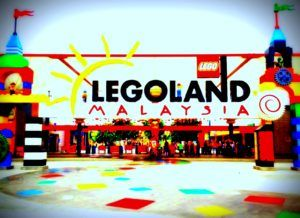 Singapore Malaysia Transfer Is Simpler And Cheaper With Our 7 Seater Maxi Cab Singapore Taxi And 13 Seater Mini Bus Legoland Malaysia Singapore Travel Mini Bus