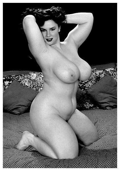 Nude fat assed women