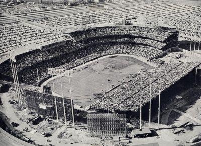 WikiZero - Metropolitan Stadium