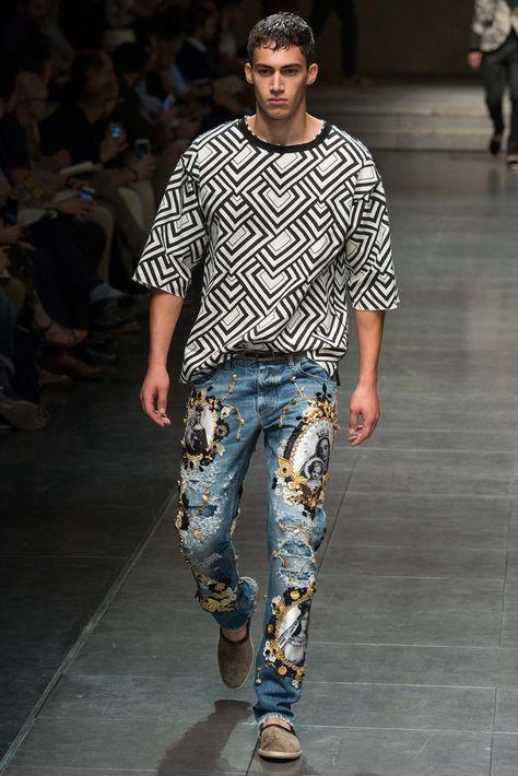 Dolce & Gabbana Spring 2016 Menswear Collection Photos - Vogue    PANTS