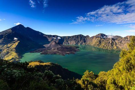 vulkan_lombok_247340701