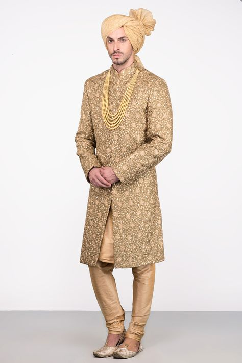 Oshnaar Olive Green Embroidered Sherwani With Golden Kurta And Chudidar #flyrobe #groom #groomwear #groomsherwani #sherwani #flyrobe #wedding #designersherwani