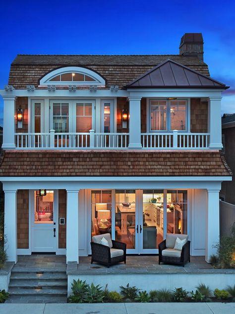 Beautiful, Inspiring Beach-Style Homes