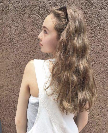 ロング 髪の量が多い人に似合う髪型 ヘアスタイル7選 ロングヘア