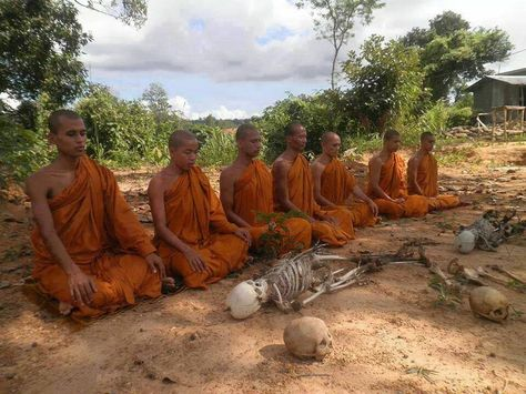 Myanmar issues arrest warrant for nationalist Buddhist