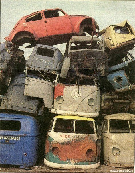 Junkyard with cool VW vans      and a bug  Maybe i would
