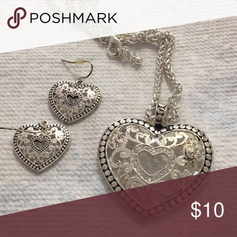 Heart Necklace Pierced Earrings Set The Pierced earrings measure 1 inch.  The pendant measure 1 1/2 inches. The necklace measure 16 inches with 3 inch extension unbranded Jewelry Necklaces