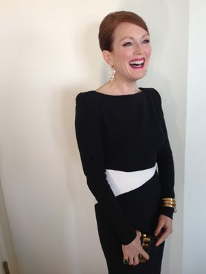 Love her! Julianne Moore flawless in Tom Ford.