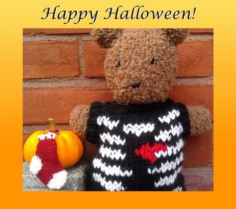Barrison Bear is celebrating her first Halloween and a new World Series title for her beloved Red Sox! She used our Comfort Sock yarn to knit Deborah Gardner's Mini Red Sox Sock: http://www.ravelry.com/patterns/library/mini-red-sox-sock.