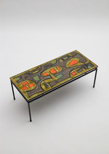 Table Basse En Ceramique Peinte A La Main Par Juliette Belarti