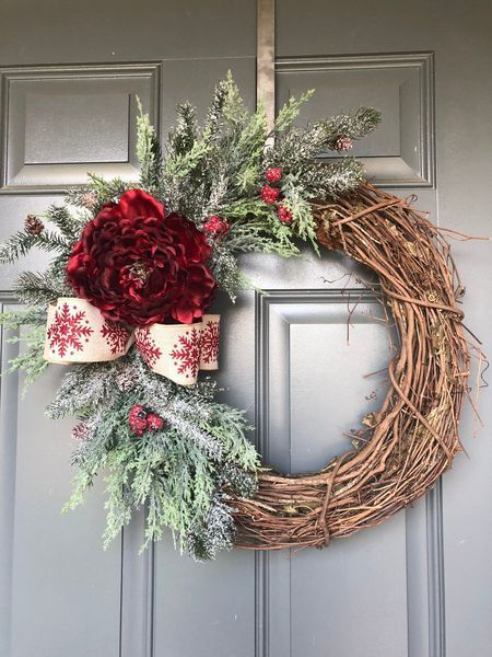 53 Unique Christmas Wreaths Ideas For All Types Of Decor Christmas Wreaths Diy Christmas Decorations Wreaths