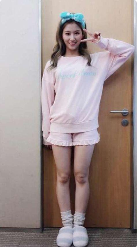 Pin by Erin on Yuqi   Kpop fashion, Kpop girls, Korean fashion
