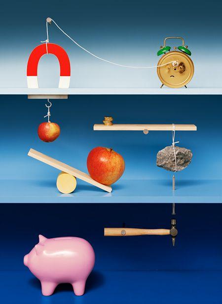 Kalle dos Santos for RGB6 tableau Sweden studio Rube Goldberg machines