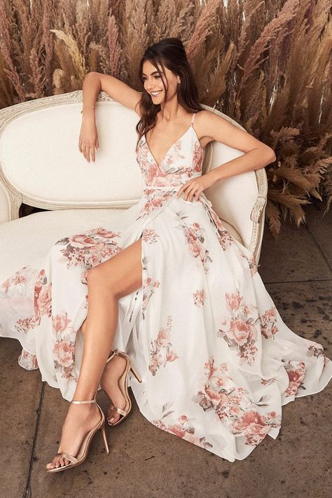 It's impossible to look anything but exquisite in the Elegantly Inclined Cream Floral Print Wrap Maxi Dress! Floral print dress with a wrap bodice, tying waist, and maxi skirt. Pretty Prom Dresses, Trendy Dresses, Day Dresses, Homecoming Dresses, Cute Dresses, Beautiful Dresses, Summer Dresses, Wedding Dresses, Long Dresses
