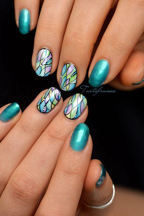 Nail Art Aquarelle Mosaique Vitrail Ongles Holographiques