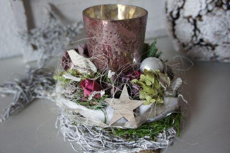 """Weihnachtsdeko - Adventsgesteck """" Rosenadvent im Kerzenlicht..."""" - ein Designerstück von Hoimeliges bei DaWanda"""