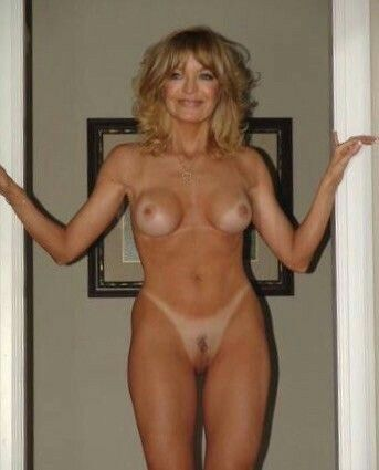 Goldie hawn naked pics