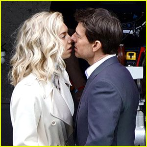 Tom Cruise Vanessa Kirby Share On Set Kiss For Mission