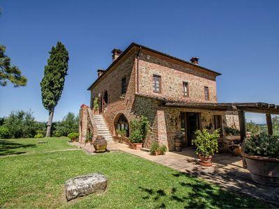 Alleinstehendes Ferienhaus Mit W Lan Privatem Pool Tv Waschmaschine Bei Montepulciano Ferienhaus Ferienhaus Italien Haus