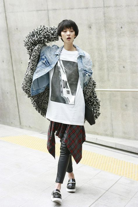 Yes Asian Street wscfashion:  korea street fashion snap by wscfsahion (jae min Yang)강소영 #popularkoreanfashion