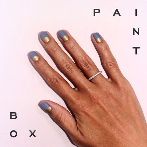 Halo effect blue and gold wedding manicure