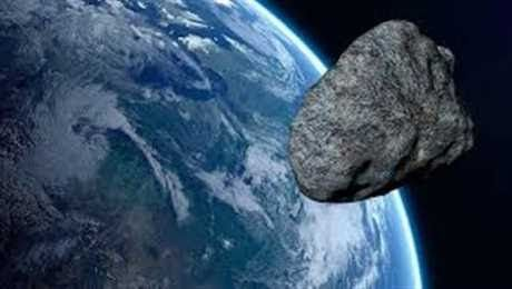 الأرض على موعد مع حدث فضائي جديد الجمعة القادمة أعلنت وكالة ناسا الأمريكية أن كويكب سيقترب من كوكب الارض يوم 25 أكتوبر الجاري وأش Earth Earth Orbit Space Rock